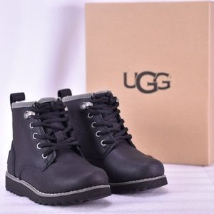 Youth UGG Maple II Lace Up Wool Black Chukka Boots